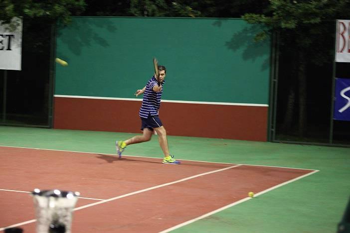 andrei-niculescu-sport-tenis-fotbal